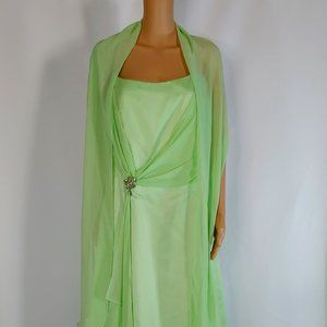 NWT Faviana Long Gown  Style 9119 in Lime Color
